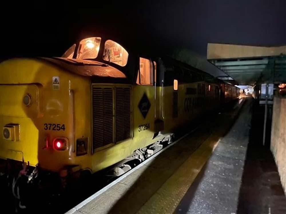 PLPR train