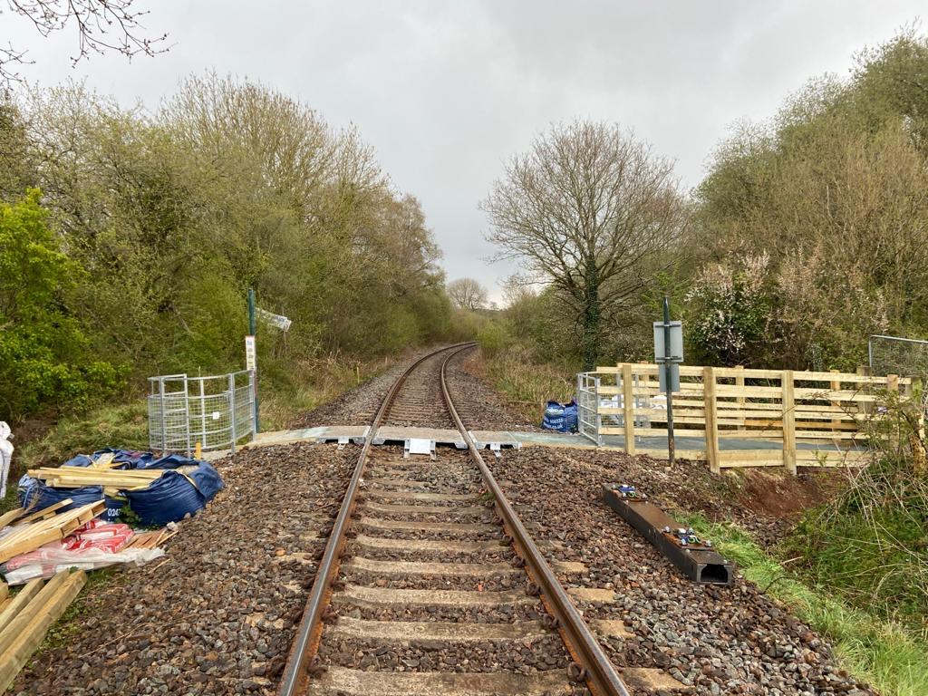 Penstone level crossing